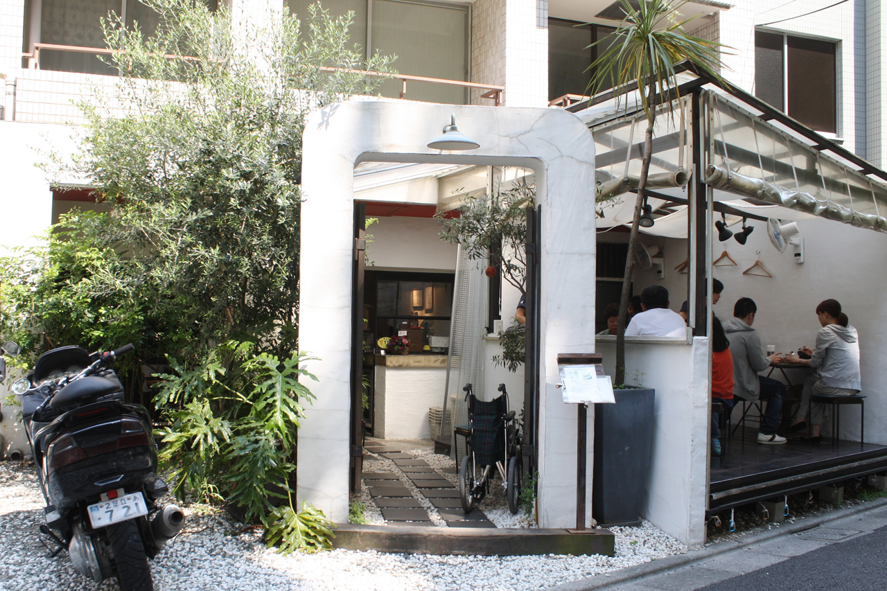 route9g-azabu-outside.jpg
